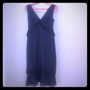 PERFECT EXPRESS LITTLE BLACK DRESS!